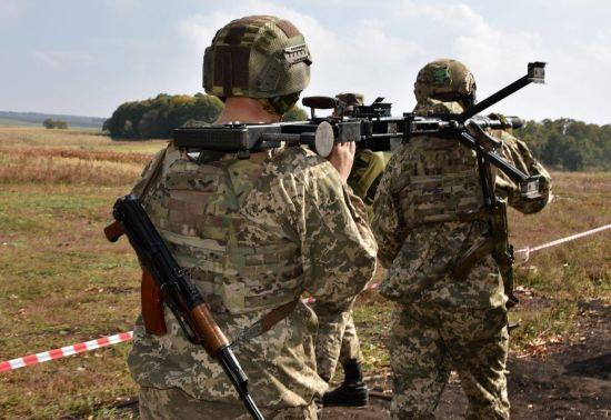 На передовій бойовики гатили понад два десятки разів по українських позиціях. Ситуація на Донбасі