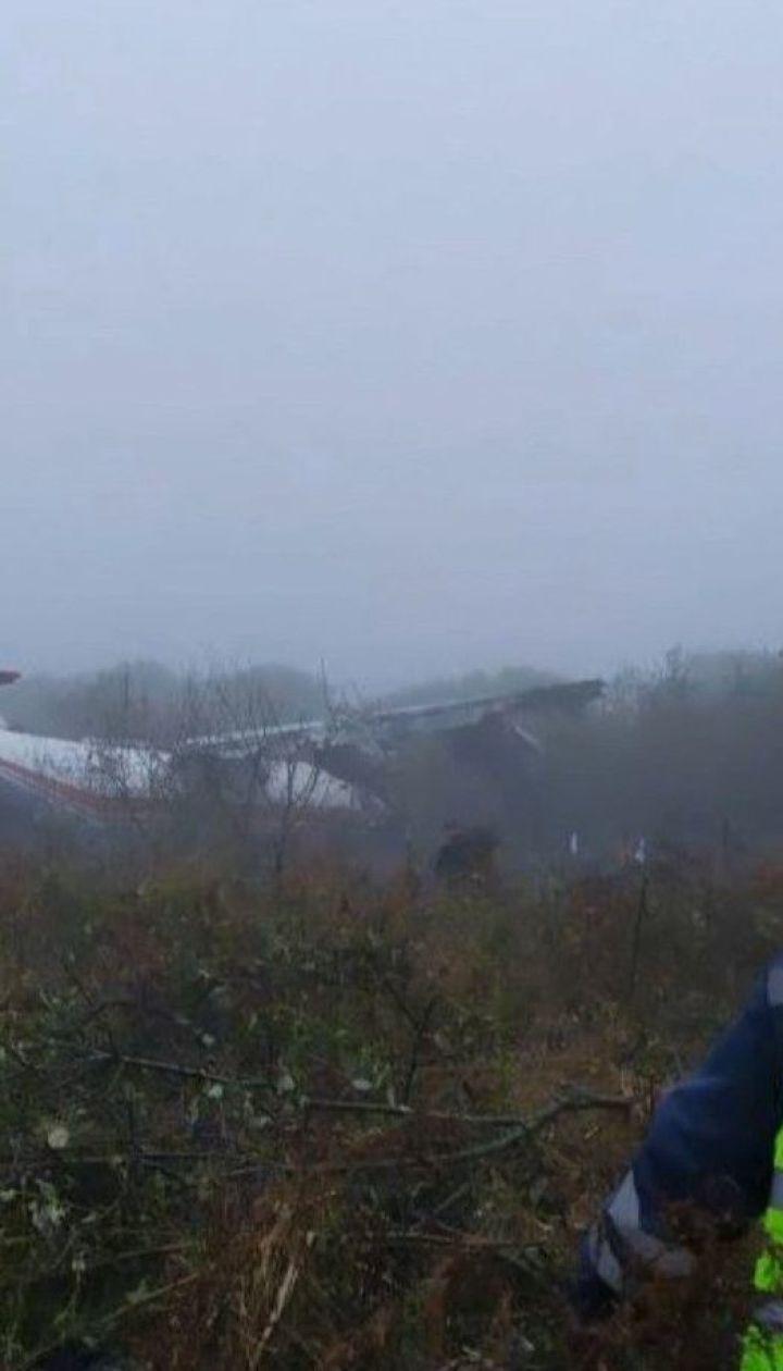 Вантажний літак здійснив аварійне приземлення на Львівщині
