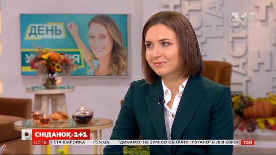 """Міністерка Новосад каже, що в уряді шукають """"компроміс"""" для підвищення зарплат освітянам"""