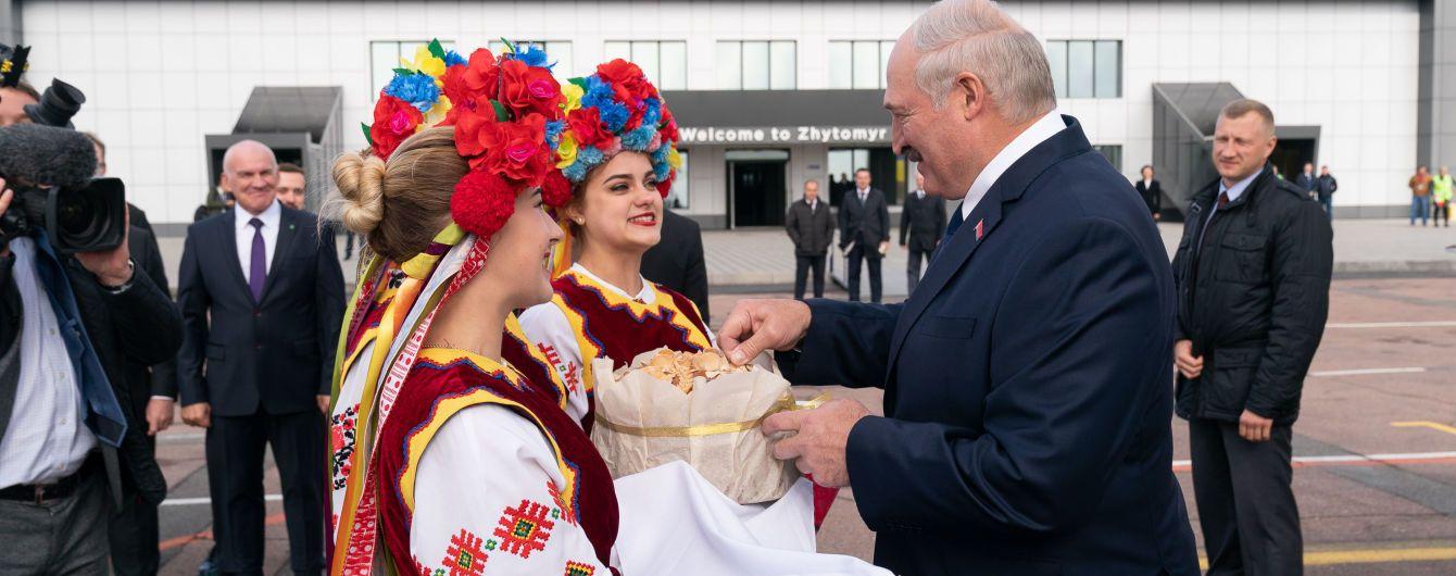 Лукашенко запросив Зеленського офіційно відвідати Білорусь