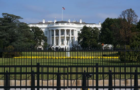 Друга хвиля коронавірусу в світі: США виходять з ВООЗ, а у Сербії вимагають відставки президента
