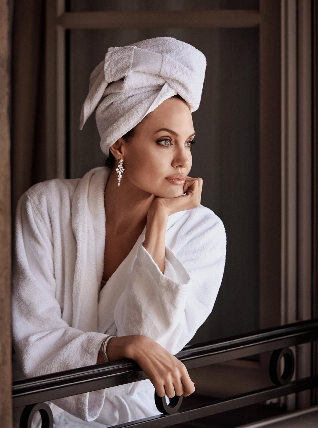 Анджеліна Джолі для Madame Figaro_1