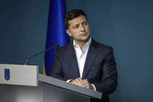 Земля, Донбасс, референдум и медицинская реформа. О чем говорил Зеленский в новом видеообращении