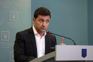 """Против """"формулы Штайнмайера"""". В областных и городских советах по Украине призывают отказаться от решения"""