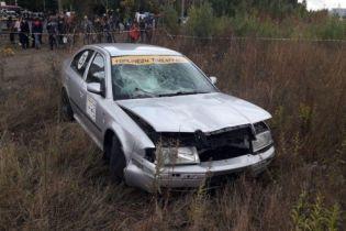 В Черкассах во время автогонок водитель вылетел с трассы и сбил человека