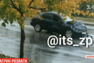 В Запорожье подросток устроил смертельную аварию на отцовском авто