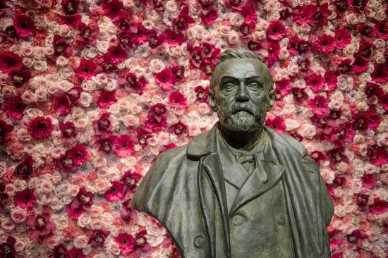Полька з українським корінням стала співлауреатом Нобелівської премії з літератури