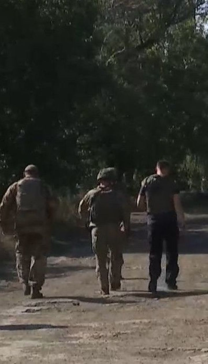 Розведення військ на Донбасі відклали через бойовиків, які не припиняють обстріл