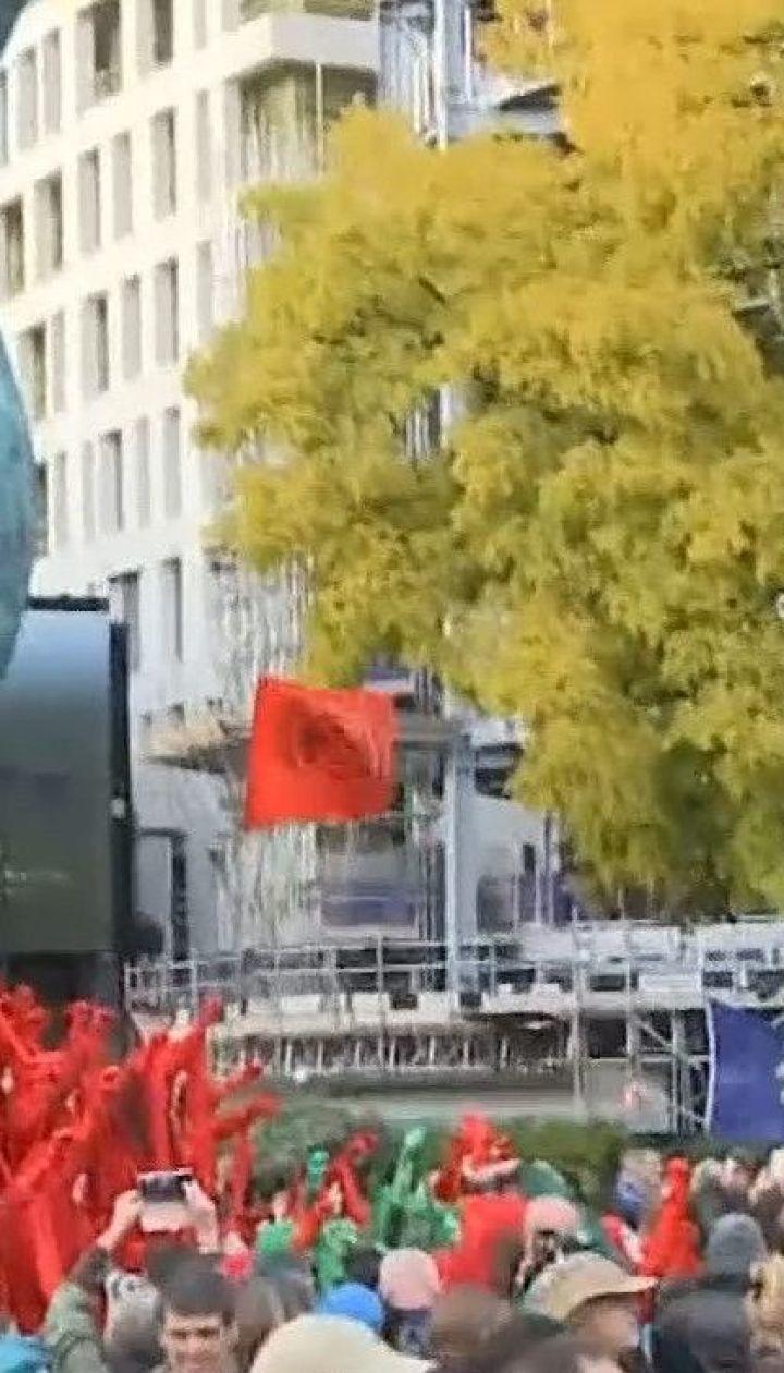 Экоактивисты перекрыли движение в центре Берлина: что они требуют