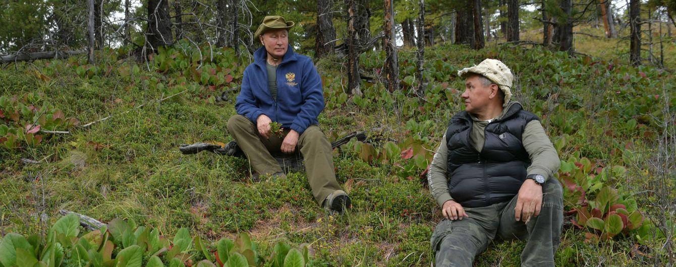 """Сиквел на """"Горбатую гору"""". В Сети смеются с Путина, который свой день рождения провел в горах с мужчиной"""