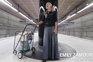 Бездомная мигрантка выступила в пригороде Лос-Анджелеса благодаря вирусному видео с ее пением