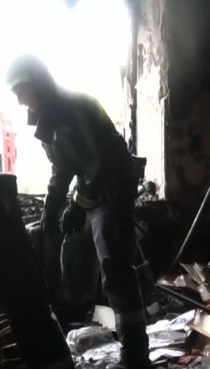 Під час пожежі у Херсоні врятували трьох людей, які ледь не вчаділи від диму