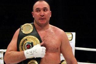 Усик сразится с 42-летним российским боксером