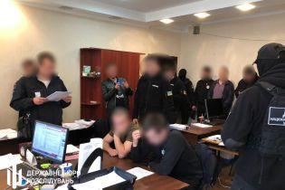 Двум одесским полицейским сообщили о подозрении за выбивание признания