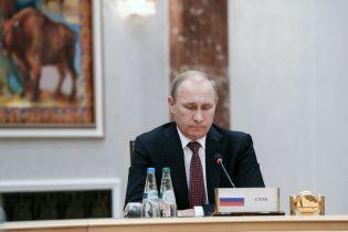 В Кремле пожаловались, что Трамп и Зеленский не поздравили Путина с днем рождения