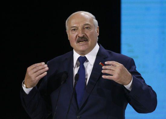 """Лукашенко розповів, як він """"на кухні"""" разом із Путіним та Кучмою придумував ЄврАзЕС"""