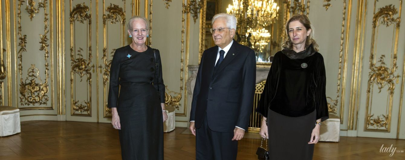 В скромном наряде и с облезлым маникюром: неудачный выход королевы Маргрете II