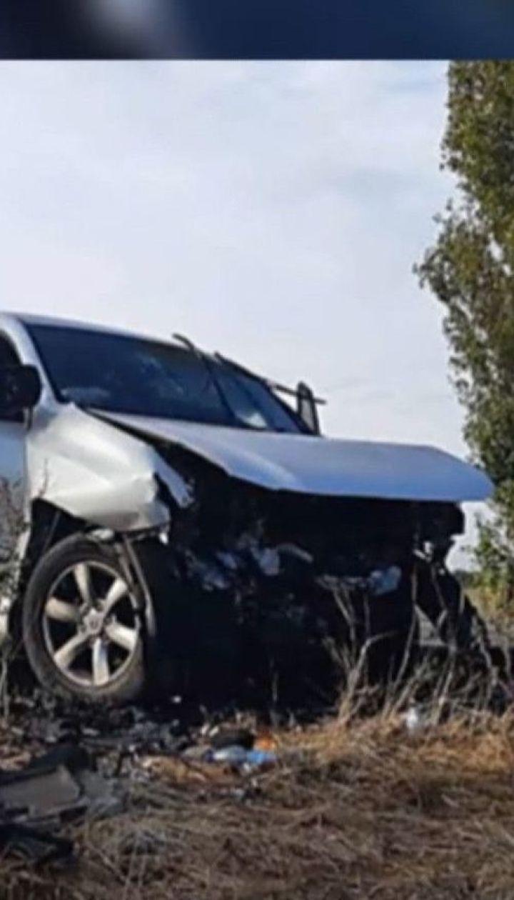 """Двоє правоохоронців загинули на трасі """"Херсон-Миколаїв"""" після зіткнення автівок лоб в лоб"""