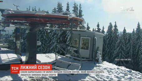 Спасатели предостерегают от походов в горы из-за снегопада