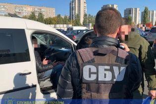 В Черкассах начальника налоговой инспекции задержали на взятке в 99 тыс. грн