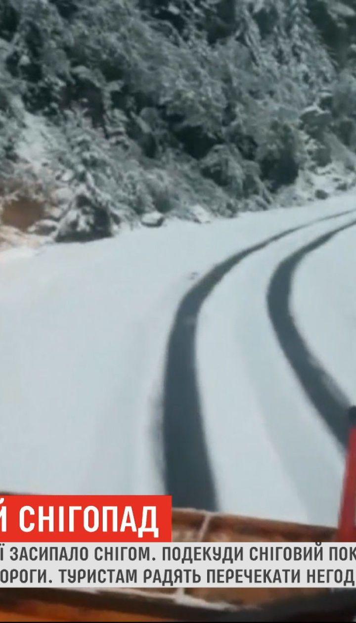 Горные курорты в Румынии засыпало снегом