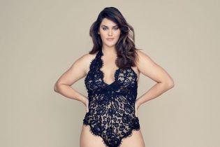 Снялась в кружевном боди: в команде Victoria's Secret появилась первая модель plus-size
