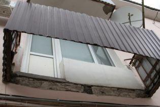 На базе отдыха в Коблево обвалился балкон: один погибший, двое травмированных
