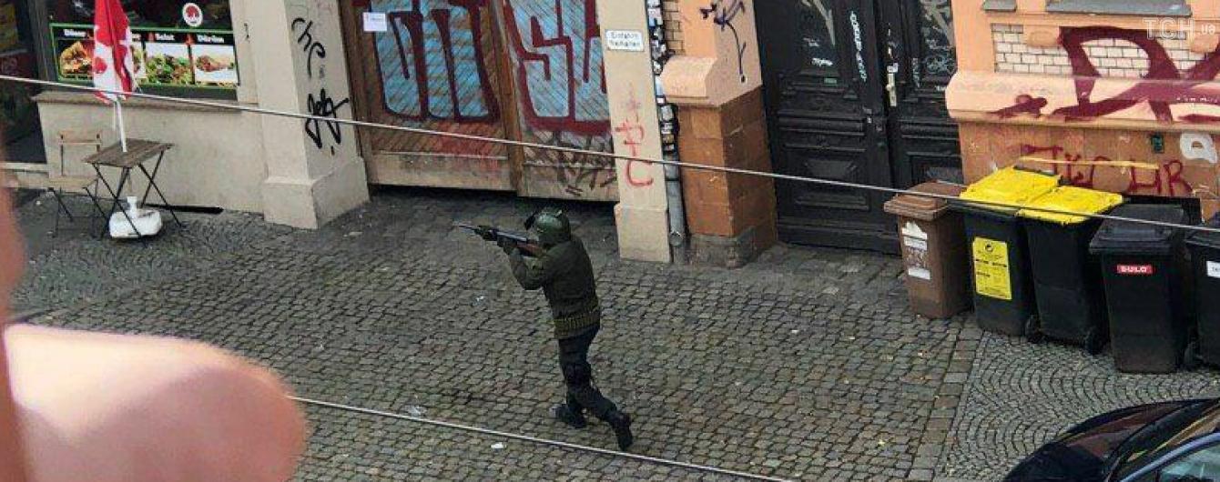 Стрельба возле немецкой синагоги. Появились фото одного из нападавших