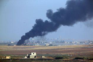 Лидеры США, ЕС и НАТО призвали Турцию остановить военное наступление в Сирии