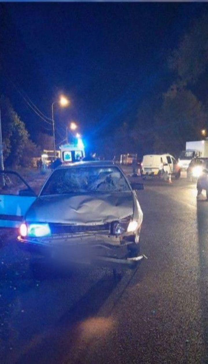 Авто в Киевской области на скорости сбило сестер, которые перебегали дорогу