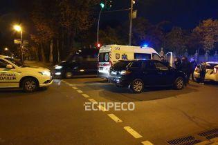 В Киеве на Грушевского джип сбил женщину на пешеходном переходе