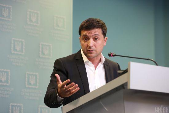 """""""Ми інші люди"""". Зеленський прокоментував лякалку Путіна про """"Сребреницю на Донбасі"""""""