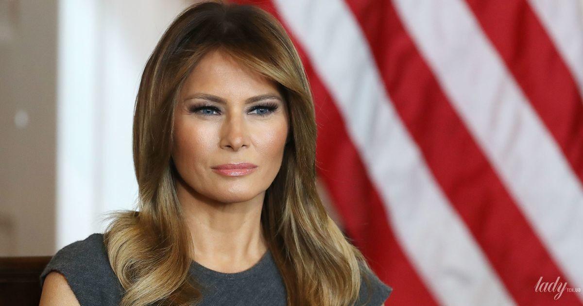 В изумрудном платье и на шпильках: Мелания Трамп в эффектном образе прочитала пасхальную историю