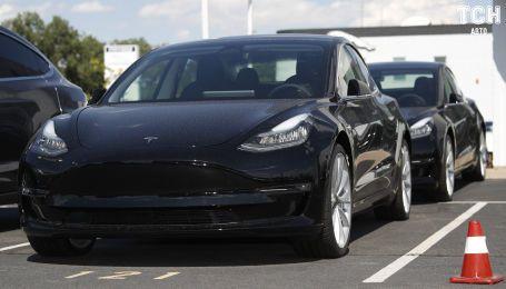 Tesla дозволили почати виробництво електрокарів у Китаї