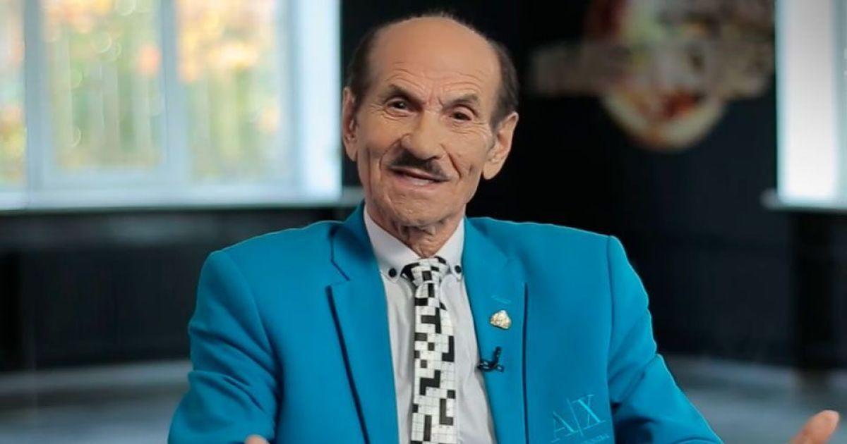 90-летнего Григория Чапкиса снова госпитализировали