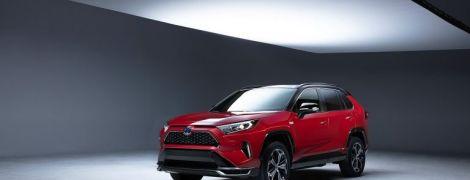 Toyota офіційно показала оновлений RAV4