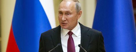 Зрівняли нацистів Гітлера та СРСР Сталіна: Путін обурився резолюцією Європарламенту тримісячної давнини