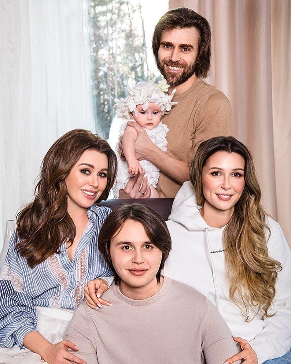 Анастасыя Заворотнюк з родиною