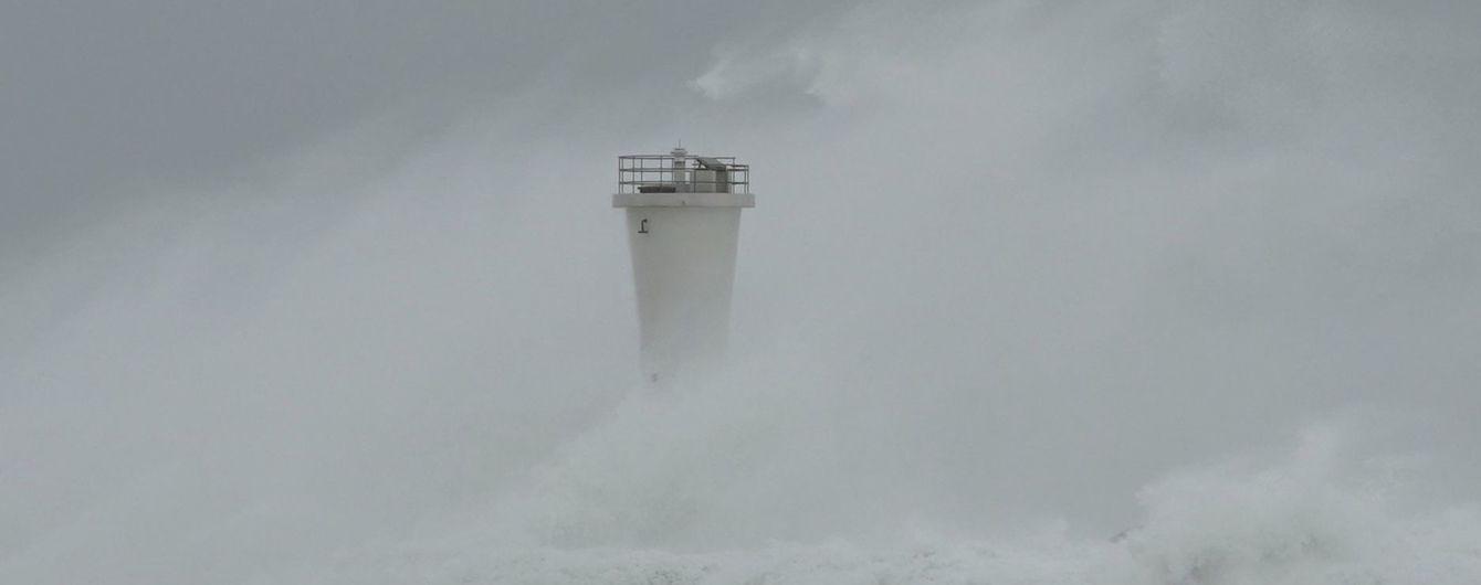 """Смертоносный тайфун в Японии. """"Хагибис"""" унес уже более 20 жизней"""