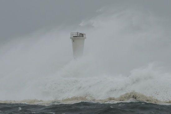 Найпотужніший за 60 років тайфун у Японії завдав мільярдних збитків