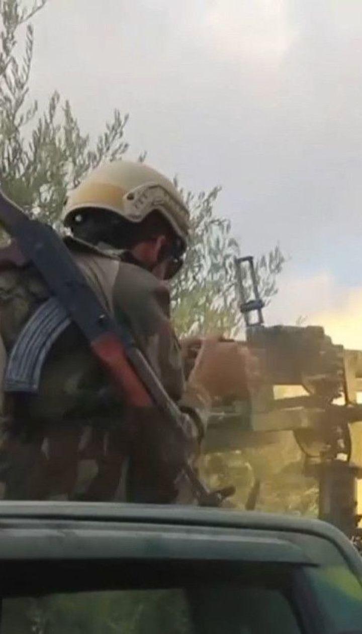 Загострення у Сирії: турецькі війська захопили місто і поцілили у військову базу США