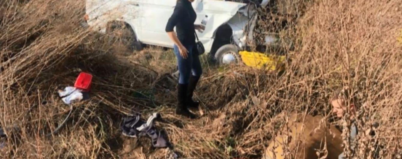На Буковине столкнулись два автобуса: пострадали дети и беременная женщина