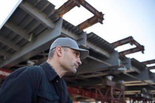 На ремонт Шулявского моста закупили трубы по вчетверо завышенным ценам у фирмы экс-жены чиновника КГГА