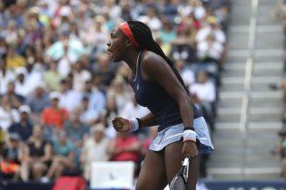 Американская теннисистка с невероятным рекордом выиграла первый турнир WTA, ей всего 15 лет