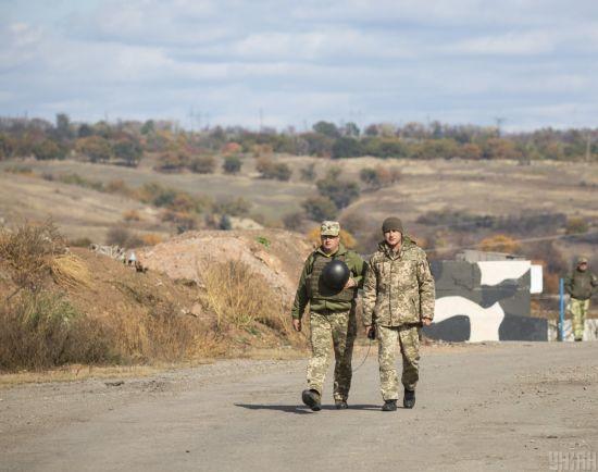 Уряд удосконалив видачу громадянства тим, хто зазнав політичних переслідувань, захищаючи Україну