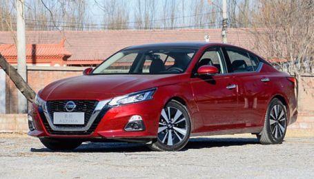 Nissan пустил в продажи обновленную Teana