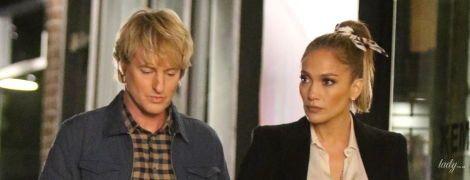 В коротких кожаных шортах и рядом с блондином: Дженнифер Лопес на съемочной площадке