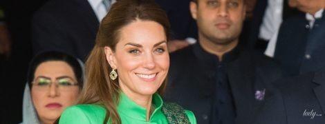 В зеленых оттенках: красивая герцогиня Кембриджская и принц Уильям встретились с премьер-министром Пакистана