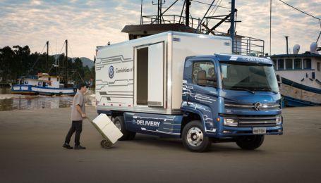 Volkswagen пустит в серию электрогрузовик с реверсной зарядкой