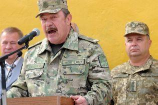 Зеленский уволил с военной службы экс-министра обороны Кузьмука